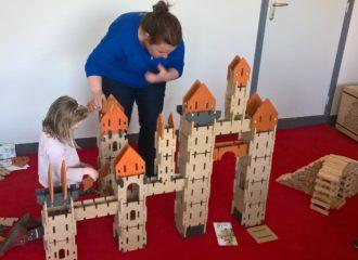 Chateau Ardennes toys sur une animation famille à St Gravé